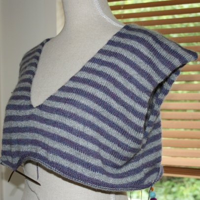 V-neck Stripes