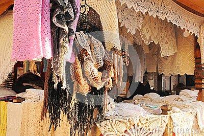 beautiful-handicraft-shop-market-moscow-45644004